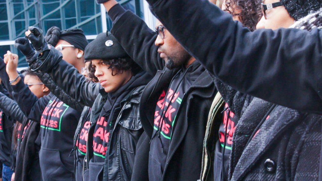 《無所畏懼:黑人的命也是命》同時紀錄下BLM運動中,較少被提及的「#說出她的名字...