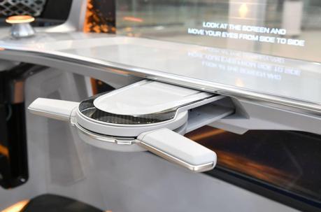 自動駕駛再進化 Hyundai Mobis發表可折疊方向盤