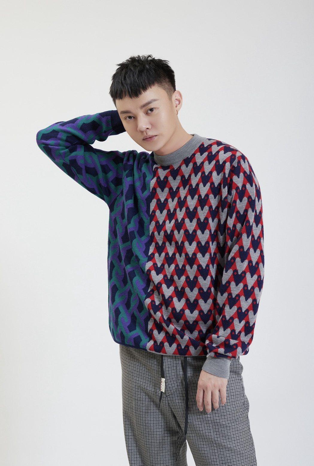 台語歌王許富凱確定將於12月4日首度登上台北小巨蛋舉辦「拾歌」演唱會。圖/凱聲影