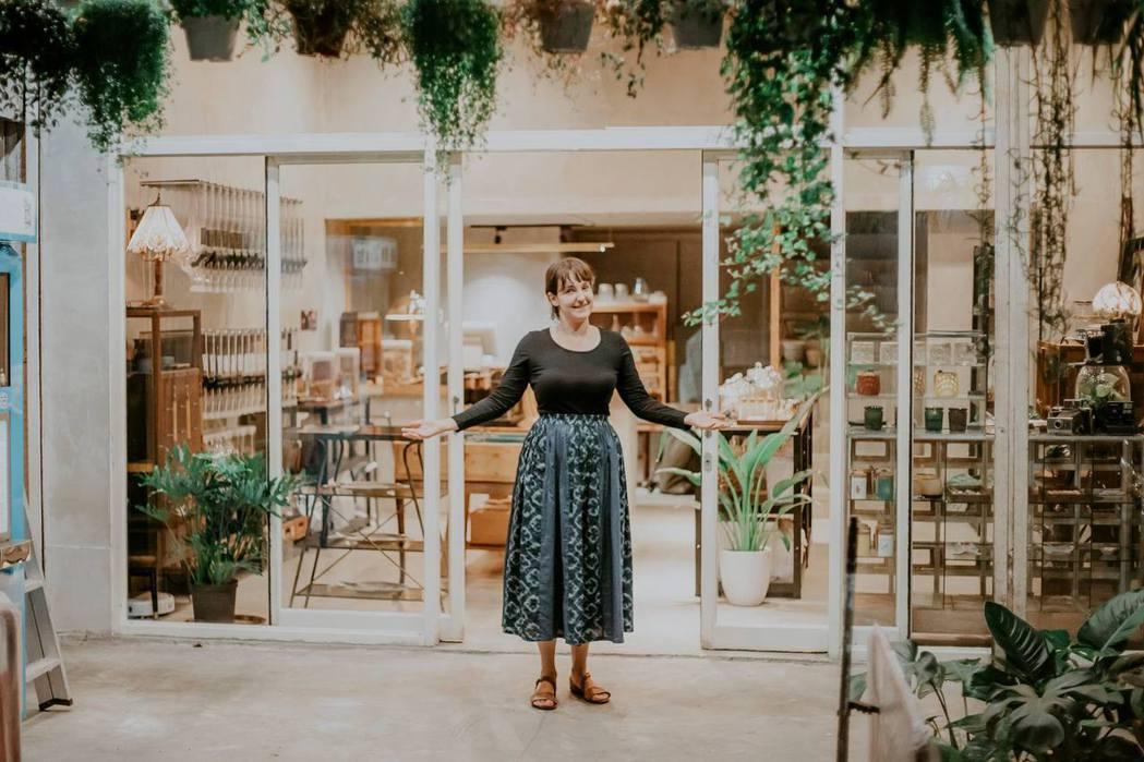 「山盟商行」的創辦人是來自波蘭的女孩唐寶玲。從自己的名字到店名,唐寶玲滿滿台灣味...