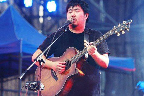以《董小姐》一曲爆紅的中國民謠歌手宋冬野,於10月11日在微博個人帳號上發布長文...