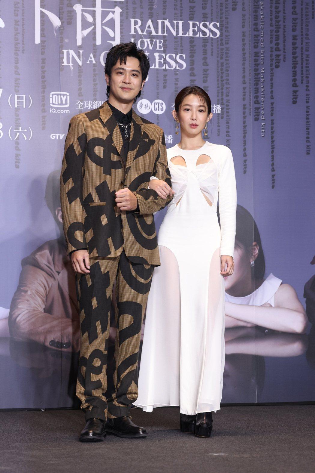 顏毓麟(左)郭書瑤。記者王聰賢/攝影