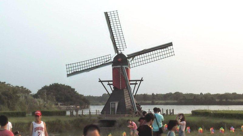 2021德元埤荷蘭村風車節將於本月16日至11月7日登場。記者謝進盛/攝影