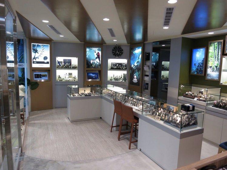 成立於1993年的敦文鐘表專賣店,其販售品項不侷限於運動表款,也包含德國專業皮表...