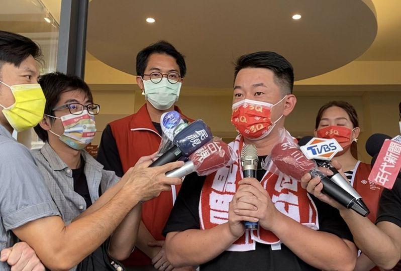 台中第二選區的台灣基進黨立委陳柏惟罷免案,將於本月23日舉行,藍綠兩黨開始動員拉票。記者趙容萱/攝影