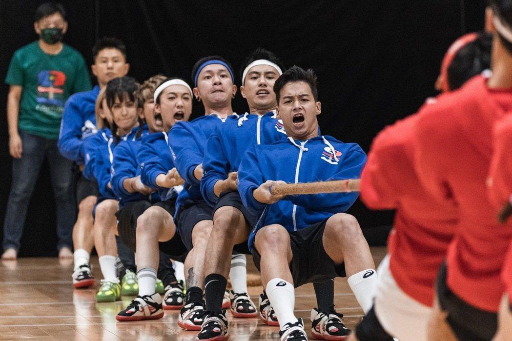 藍隊領隊錢薇娟當天無法出席,找來「不死鳥」郭泓志代班。圖/寬宏藝術x好看娛樂提供