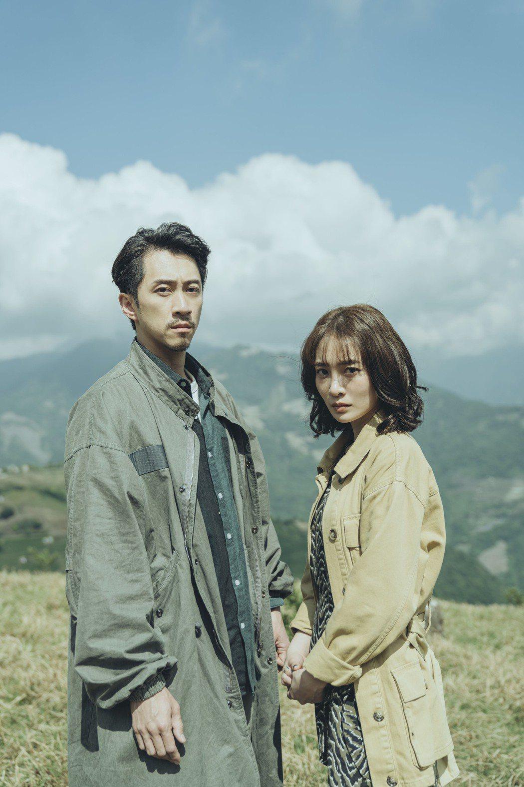 陳漢典(左)和李亦捷在「2049」中合作。圖/myVideo提供