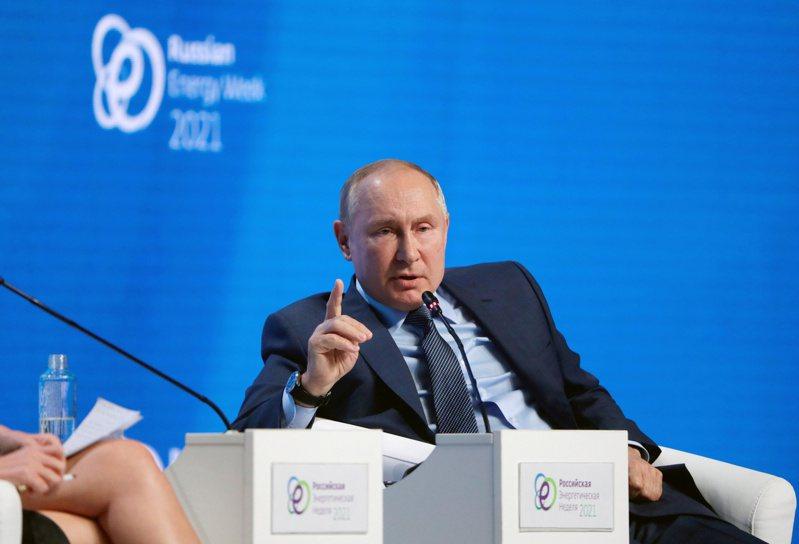 俄國總統普亭認為,大陸要統一台灣,完全不需要動武。路透