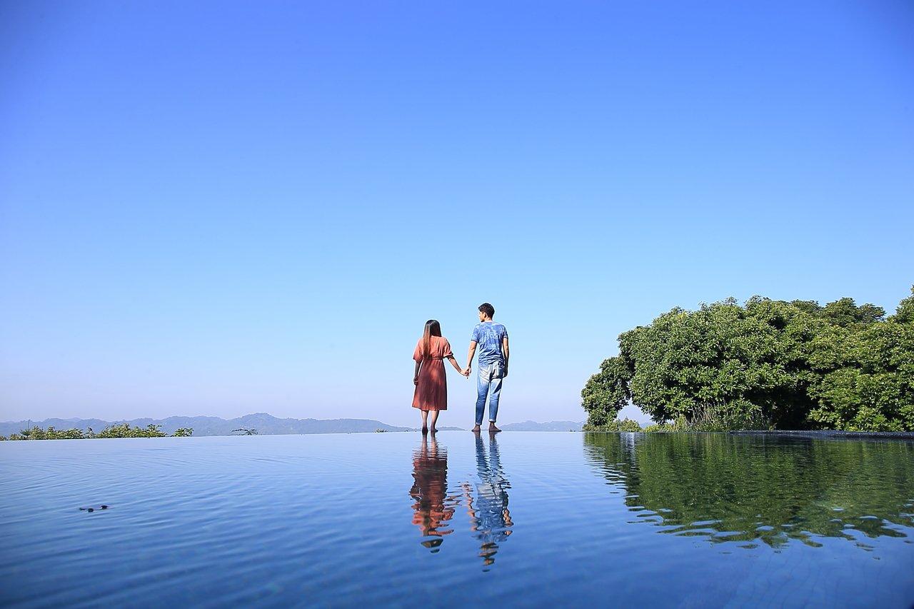 仙湖休閒農場的無邊際泳池,獲得許多網美的青睞,頗具人氣。  圖/陳睿中 攝影