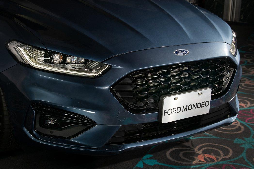 Mondeo ST-Line Wagon車頭。 圖/福特六和提供