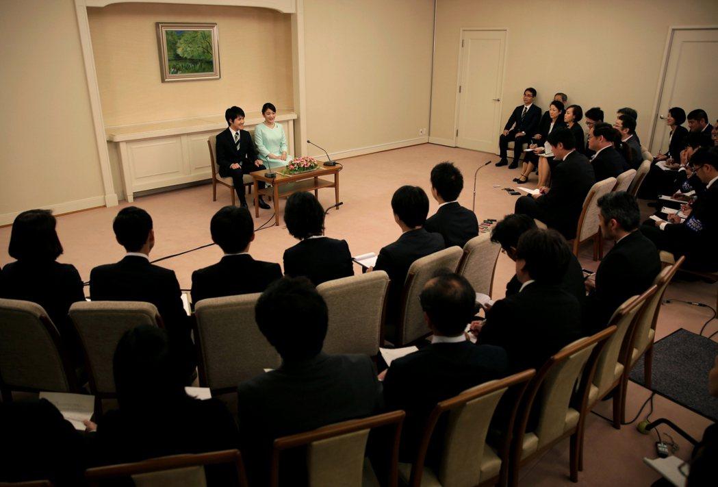 不過全日本是否真的那麼嚴重關切這些問題?媒體民調來看,其實並沒有想像中那麼多人關...