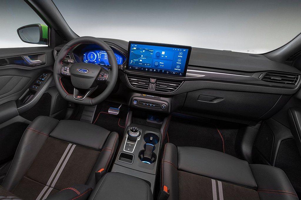 小改款Ford Focus ST也升級至最新SYNC 4系統,中央觸控顯示螢幕則...