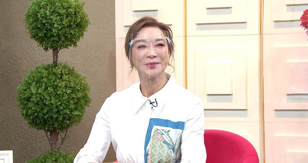 楊繡惠日前上年代「聽媽媽的話」。圖/年代提供