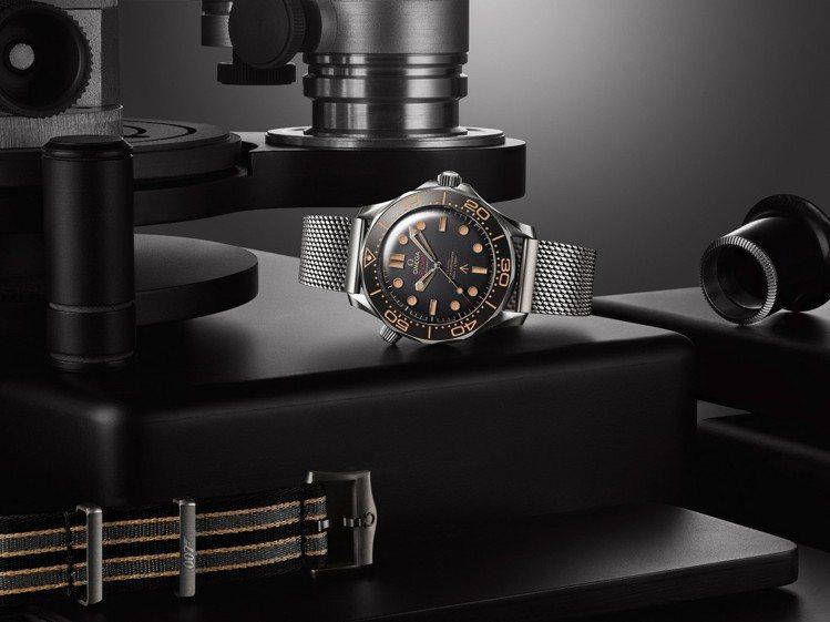 OMEGA海馬潛水300米腕表具備超強的抗磁功能,並由經過METAS認證的大師天...