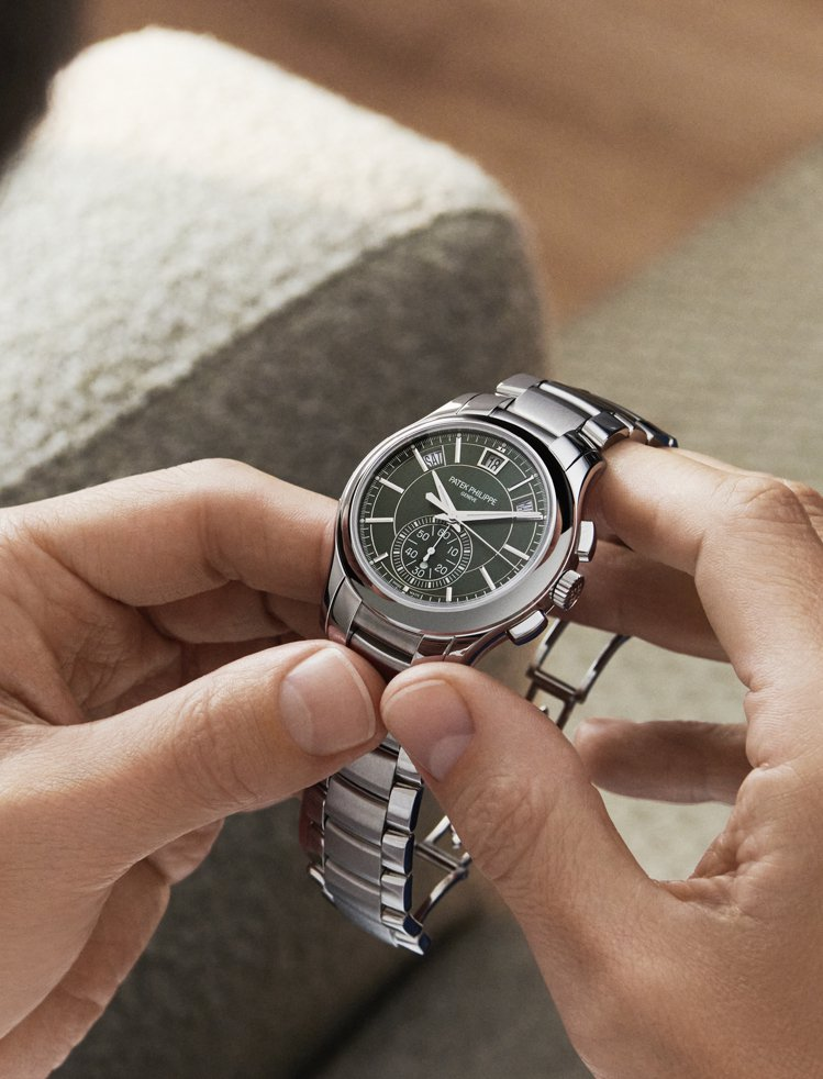 百達翡麗編號5905/1A-001精鋼自動飛返計時秒年曆腕表,172萬5,000...