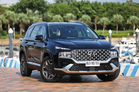 1.6升渦輪油電的七人座休旅 全新Hyundai Santa Fe Hybrid售價139.9萬起震撼上市!