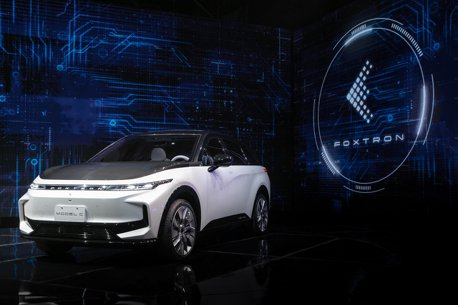 續航力達700公里、售價壓百萬內 鴻海首款動車Model C預計2023年在台上市