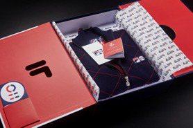 FILA 邀「英倫時尚女魔頭」操刀 打造110周年紀念款散發濃濃高級感