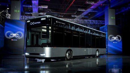 鴻華先進Model T電動巴士車燈誰做的? 「元創」以黑馬之姿拿下所有訂單