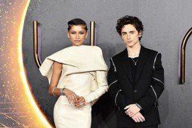 「沙丘」倫敦首映 千黛亞、提摩西夏勒梅超強紅毯時尚
