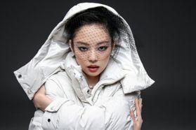 跟Jennie一起換上時髦滑雪服!香奈兒新系列正式上市!