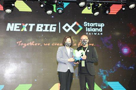 多元創新營運模式成台灣創業典範!Gogoro獲頒「NEXT BIG國家新創品牌」殊榮