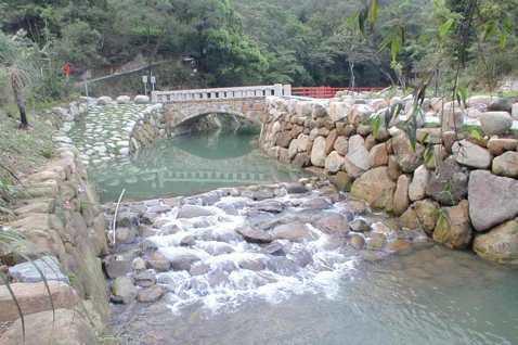 「人從橋上過,橋流水不流」:禪宗哲學為何總是不按牌理出牌?