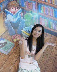 宋怡慧,丹鳳高中圖書館主任,致勝是我的姓,鮮師是我的名。快樂是我的字,幸福是我的號。喜歡與眾不同的人,喜歡新奇挑戰的事,喜歡萬中選一的物。著作:《愛讀書-我如何翻轉8000個孩子的閱讀信仰》電子書、紙本書facebook:YiHui Sung 邀請同學、老師、家長來信說說煩惱,怡慧老師用心聽:udn.edu1@gmail.com