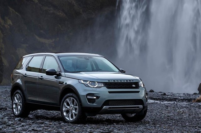 Land Rover Discovery sport 2.0i HSE