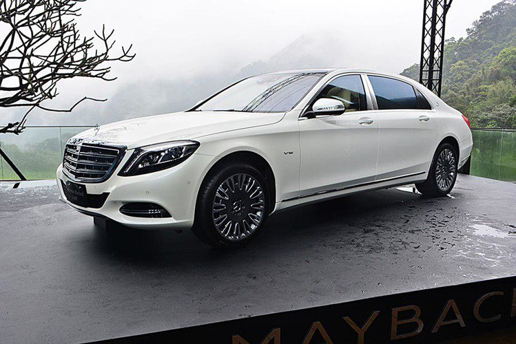 M-Benz S-Class Maybach S500