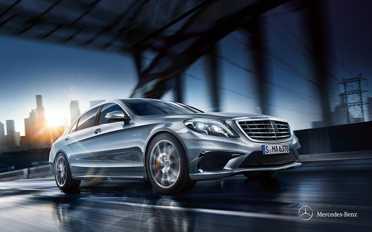 M-Benz S-Class Maybach S600