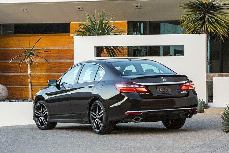 Honda Accord 2.4VTi Deluxe