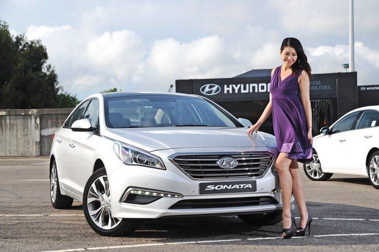 Hyundai Sonata 豪華款