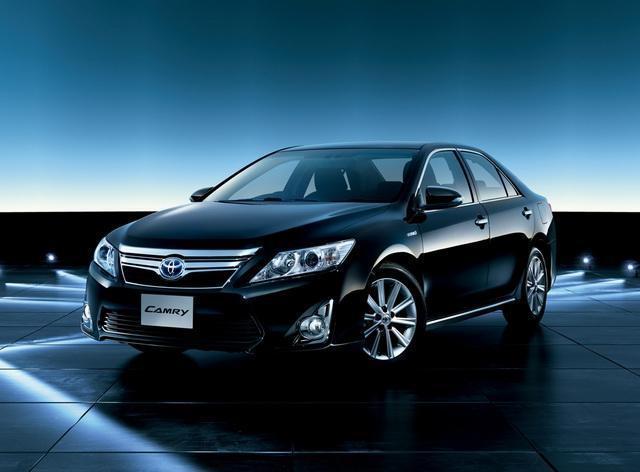 Toyota Camry Hybrid G