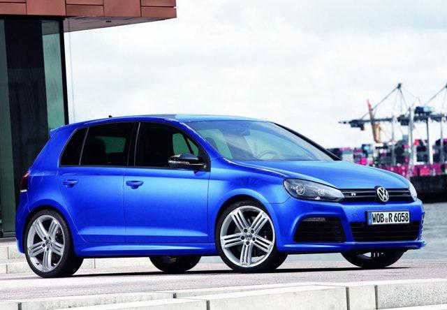 Volkswagen Golf R 3D