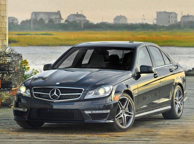 M-Benz C63 AMG