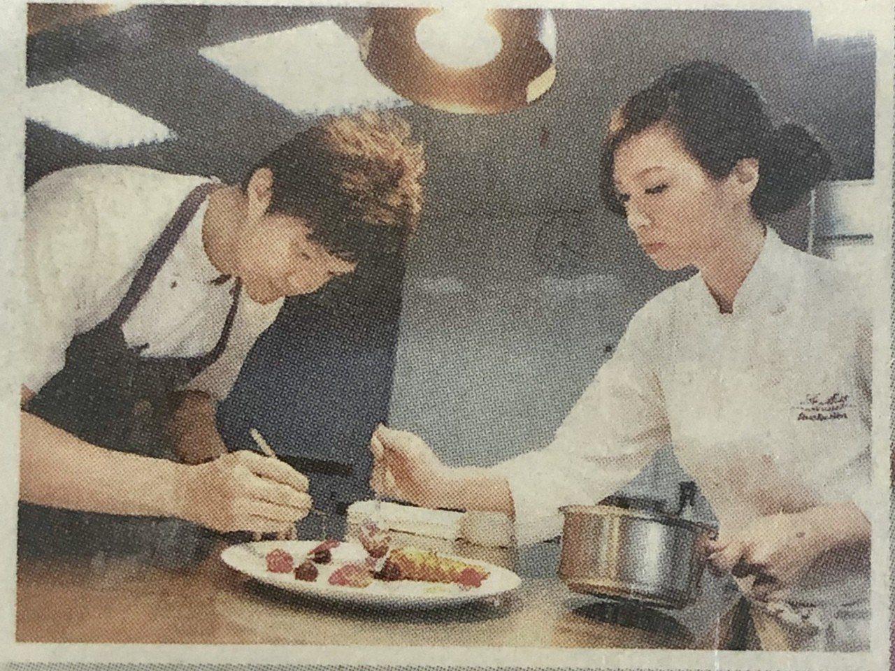 林恬耀感謝陳嵐舒(右)的賞識和指導。圖/林恬耀提供