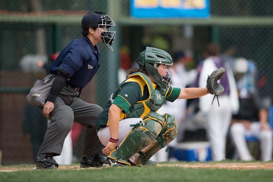 劉柏君突破性別框架,成為台灣首位棒球女主審。圖/劉柏君提供