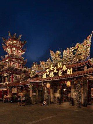 讓你看到媽祖的微笑 「新港媽祖」入圍台灣最美的光