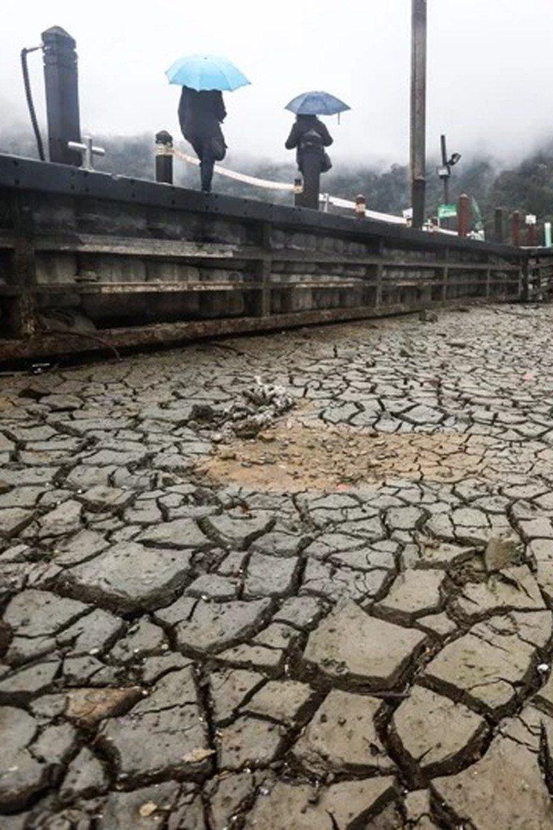 台灣半世紀最慘旱災 「缺水旱象奇景」浮出水面