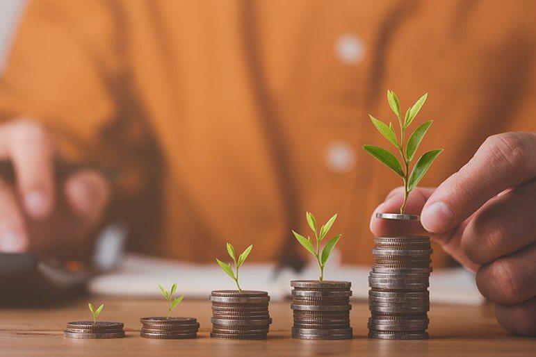 線上投資新趨勢  手機掌握理財大小事