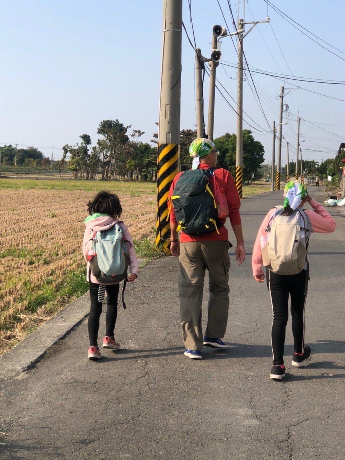 劉克襄喜歡搭車到小站後,再以步行方式探索當地。圖為他從田中到北斗的紀錄。照片提供...