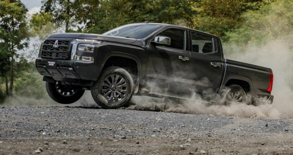 BMW X7 Dark Shadow Edition全球500台限量登場!
