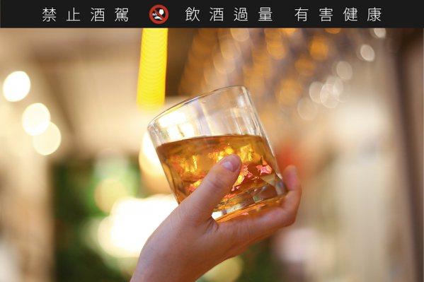 威士忌顏色愈深、風味愈烈就愈有價值?
