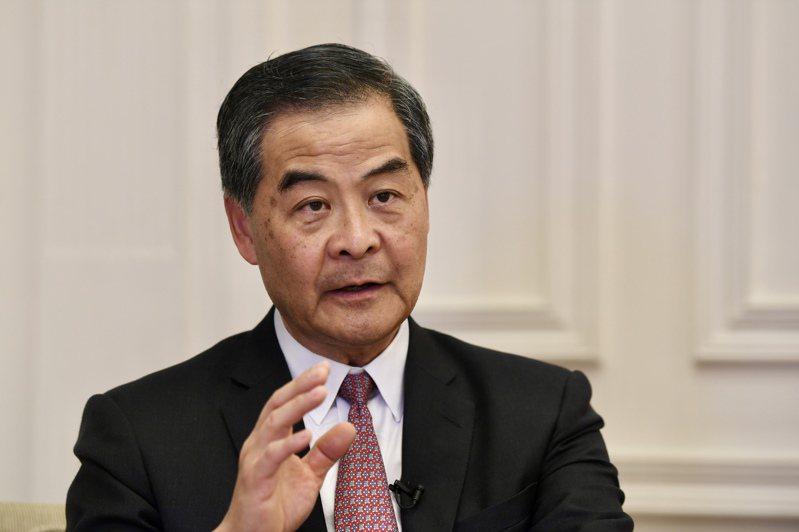 全國政協副主席梁振英表示,香港教育出大問題,相當一部分的老師是害群之馬。(中新社)