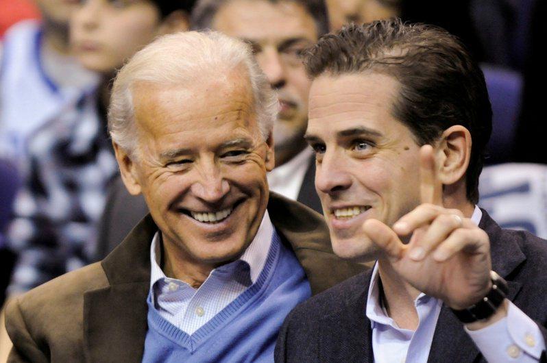 总统当选人拜登(左)之子杭特‧拜登(右)遭到联邦调查,司法部长巴维理早就知道。(路透档案照)(photo:UDN)