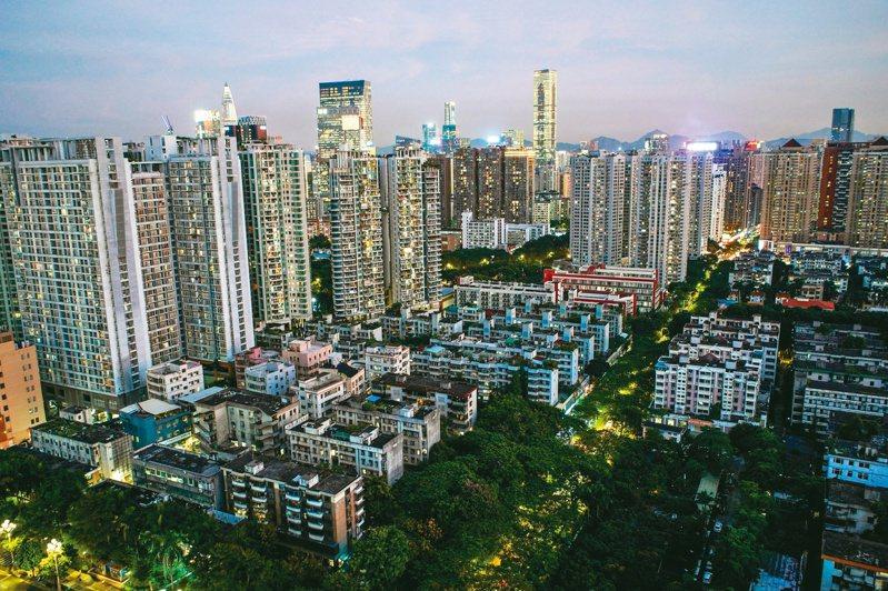 深圳從小漁村發展大都市,一躍成中國房價最貴的城市。(路透)