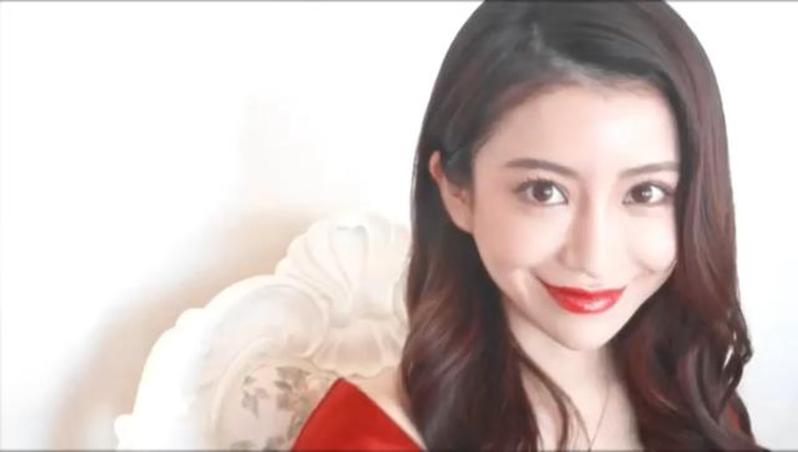 日本网红爱沢えみり的中华妆。(视频截图)(photo:UDN)
