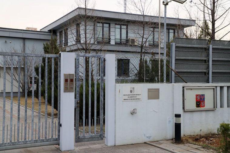 許多國家已經暫時關閉駐北韓大使館。圖為俄羅斯駐平壤大使館在臉書的貼圖。(取材自臉...