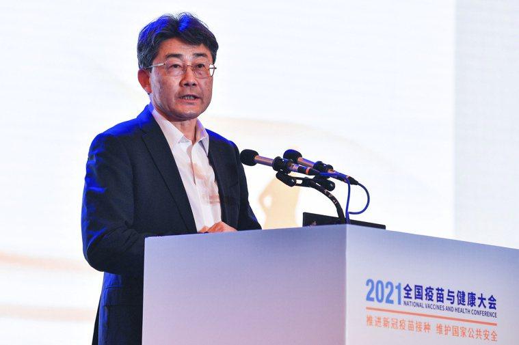 中國疾病預防控制中心主任高福10日在四川成都舉行的「2021全國疫苗與健康大會」...